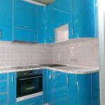 Кухня в пластике с гнутыми фасадами 2